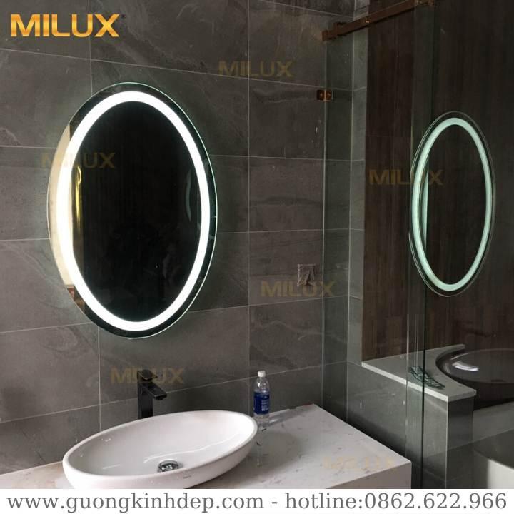 Gương phòng tắm cao cấp với công nghệ tráng bạc ròng 8 lớp AGC cho hình ảnh siêu sắc nét, sinh động