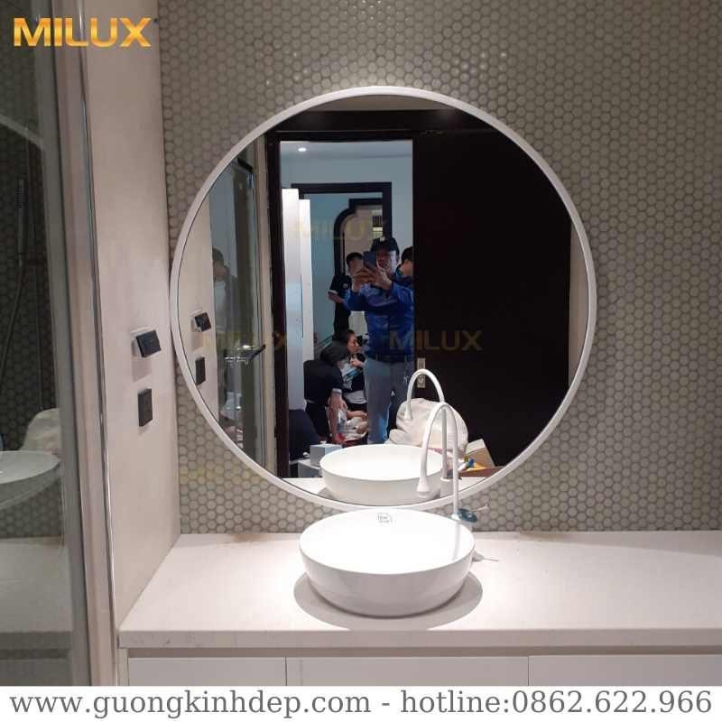 Gương Phòng Tắm Khung Kim Loại Trắng Cao Cấp Milux ML100-01